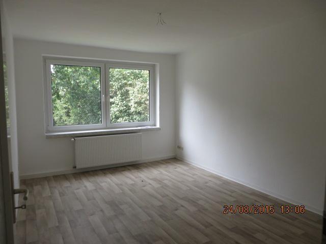 2254_0102 Zimmer 2