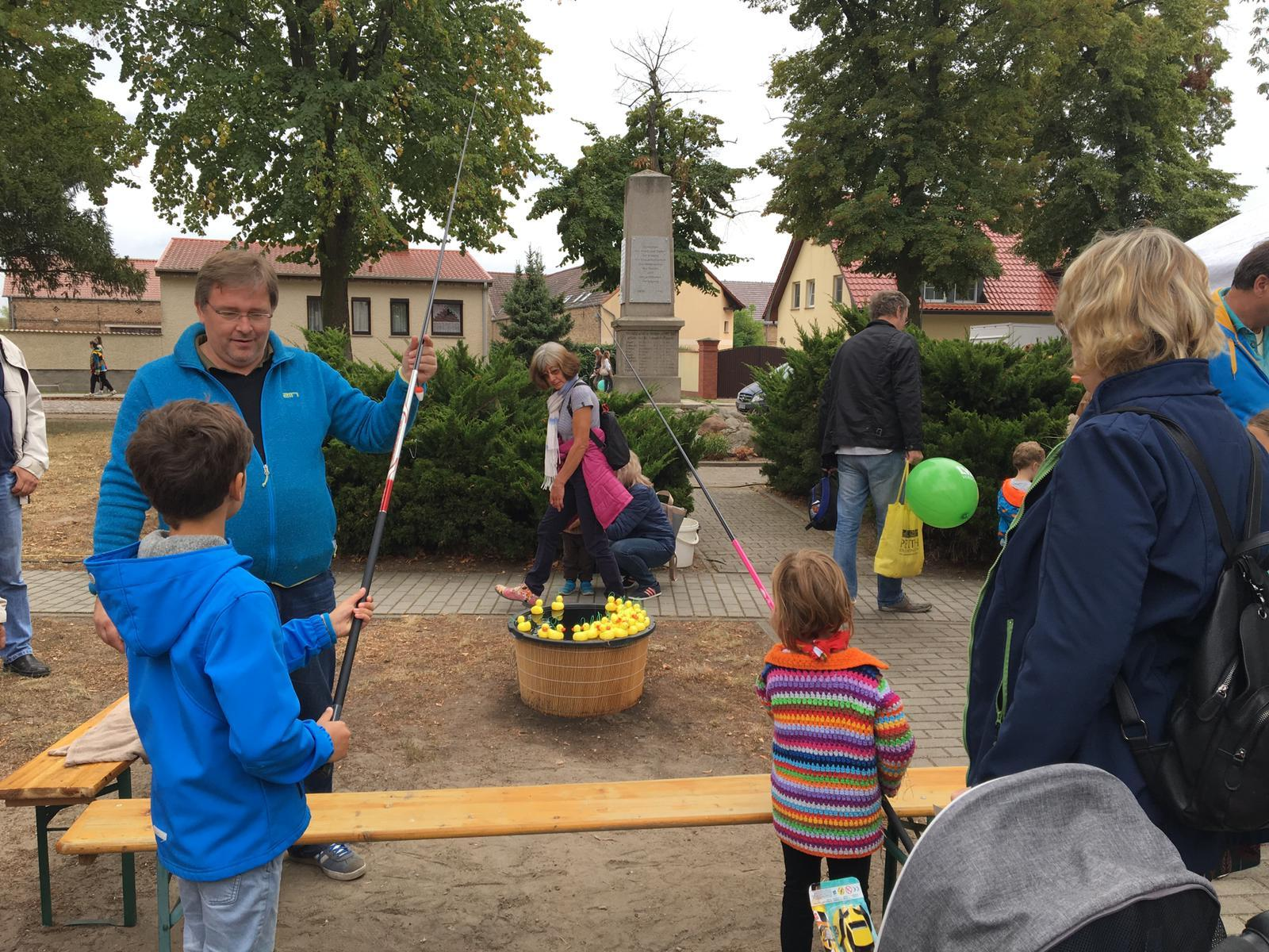 Dorf und Treckerfest