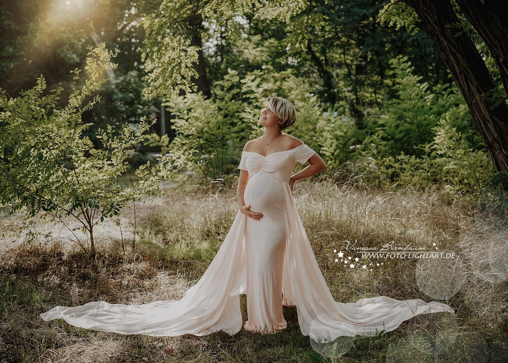 Vanessa Birnbaum - FotoLightart Babybauch 3