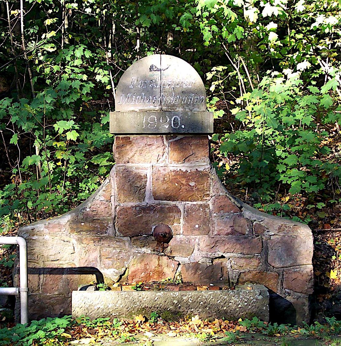 Michaelisbrunnen