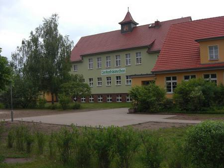 Schule_neu.jpg