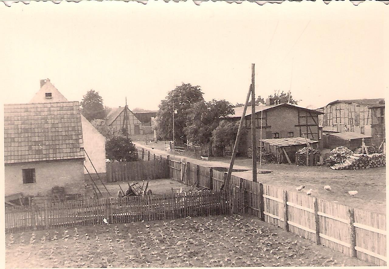 Tafel 3 Bild Dorf