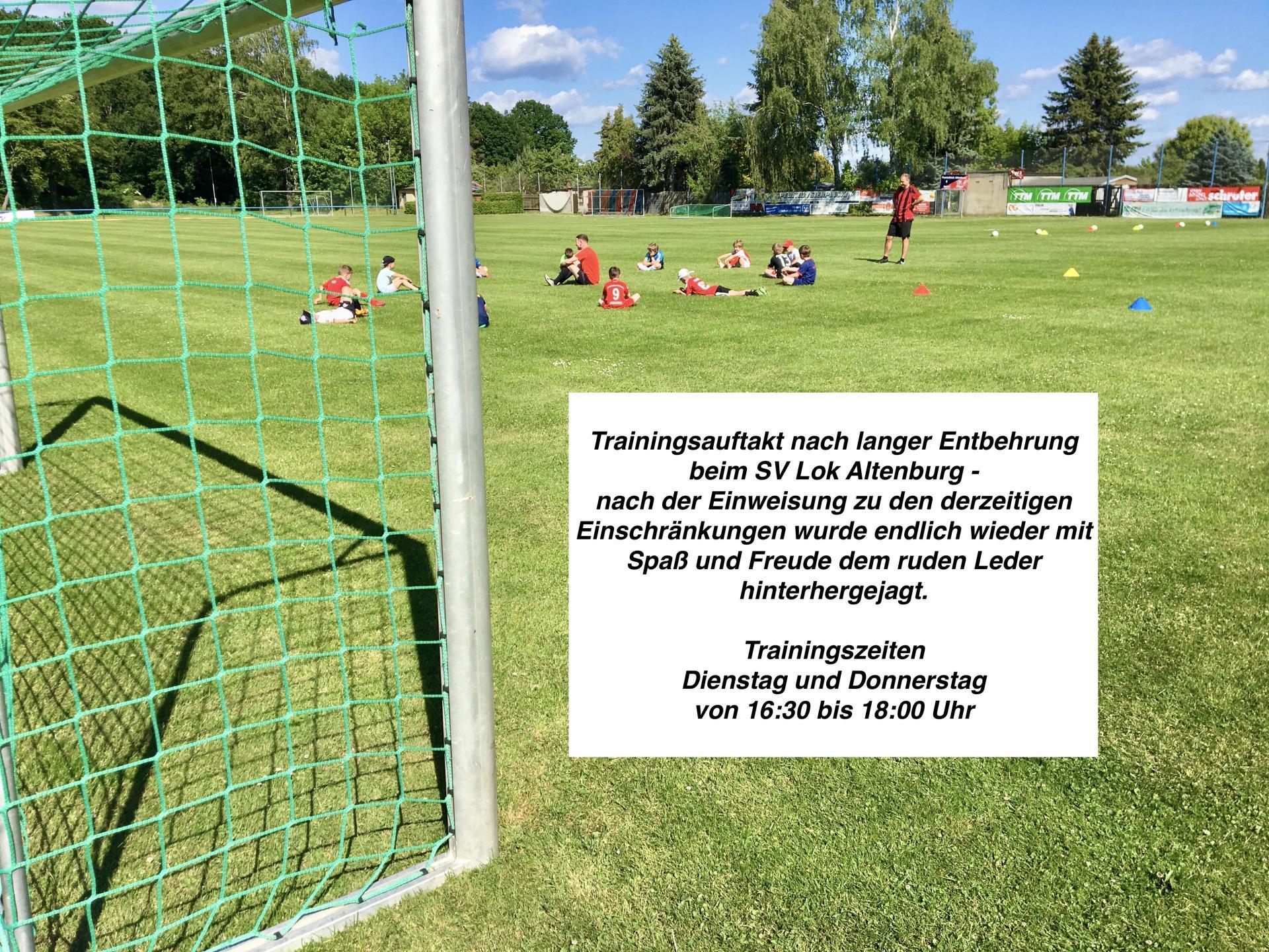 Trainingsauftakt Fußball