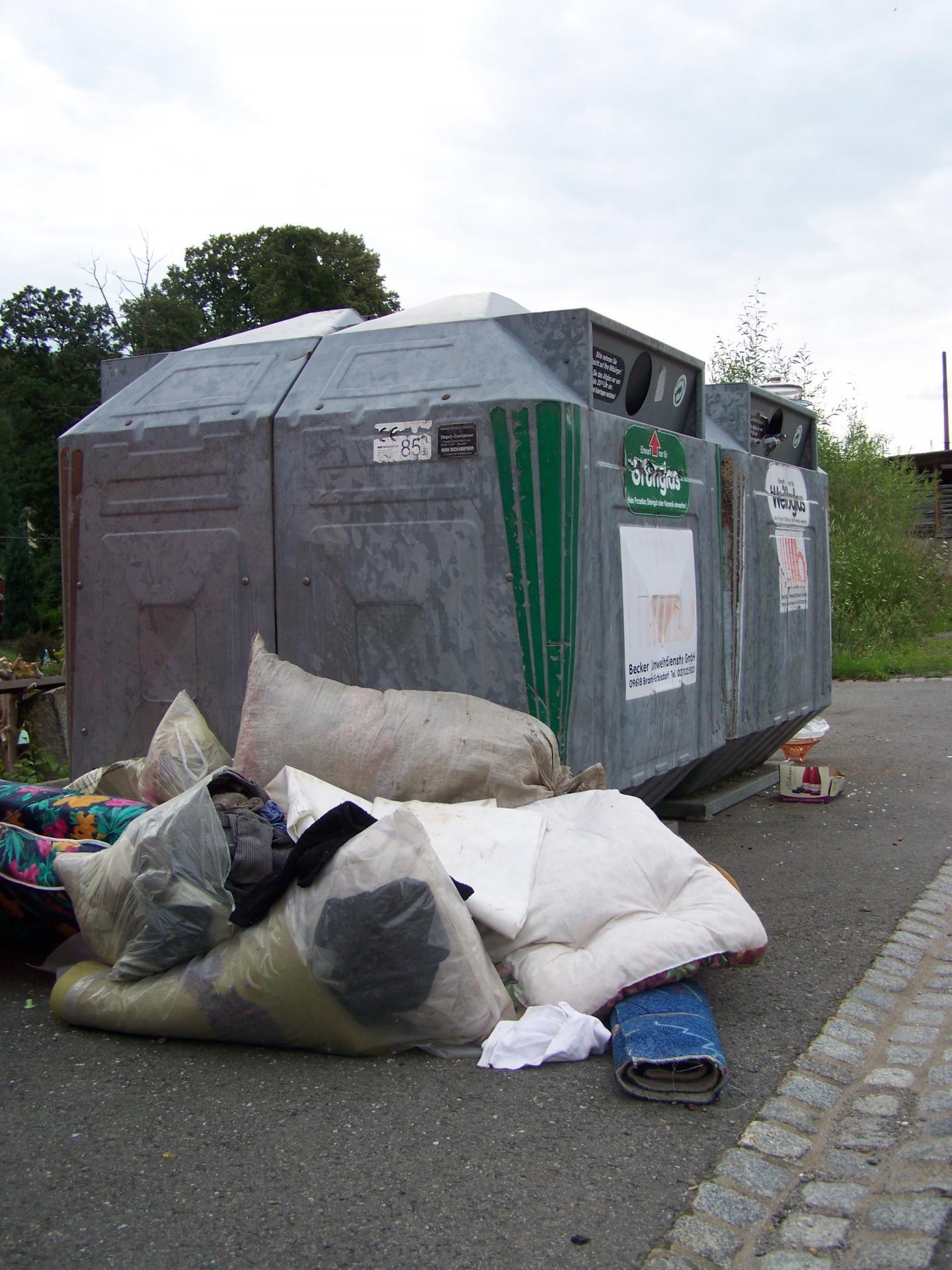 illegale Müllentsorgung im Gemeindegbiet