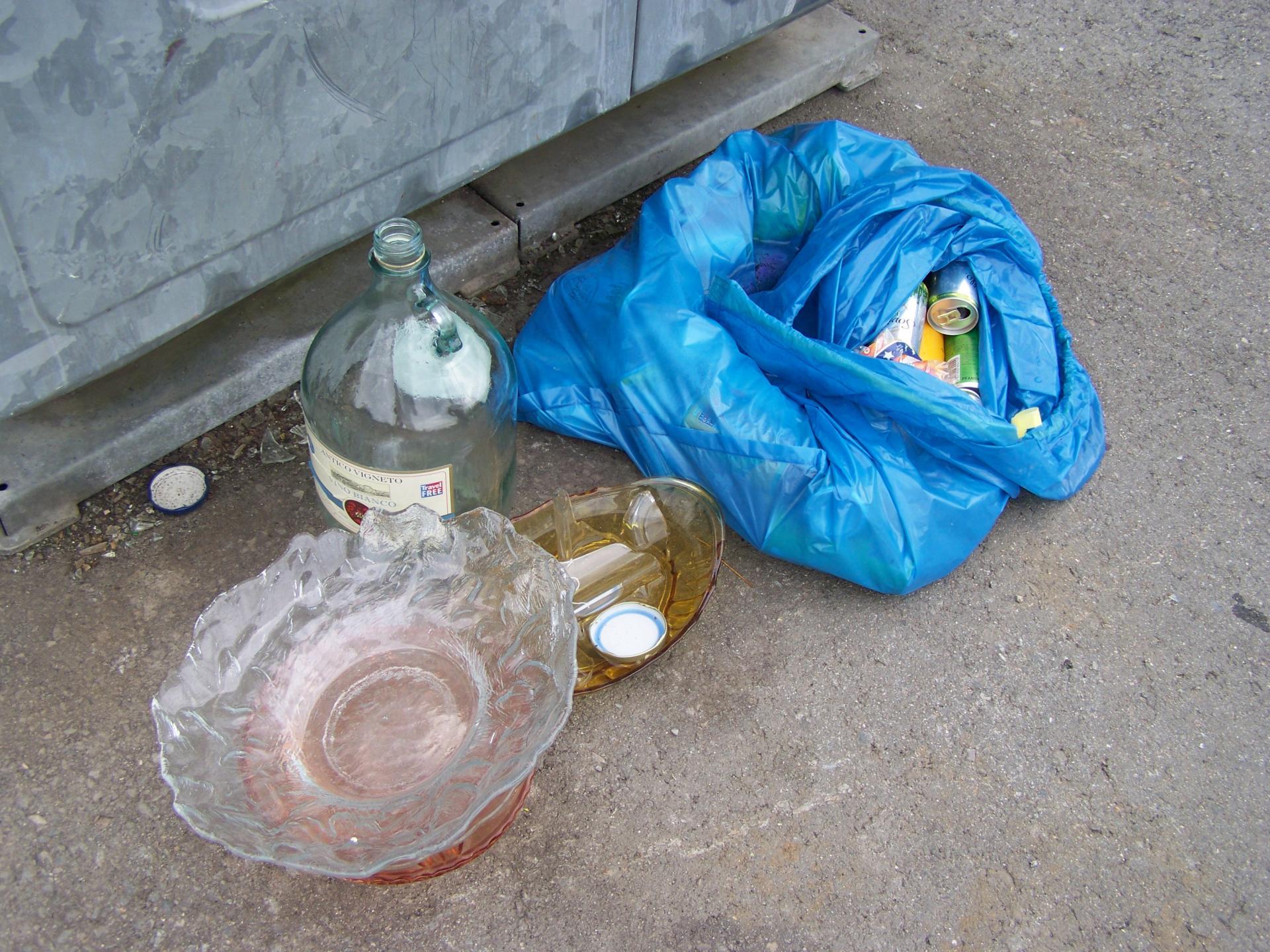 illegale Müllentsorgung im Gemeindegebiet