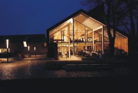 Barnim Panorma_Gebäude beleuchtet_Foto Gemeinde Wandlitz