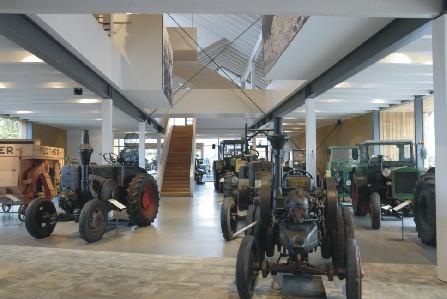BarnimPanorama Traktorenherde, Foto: Hauptlorenz