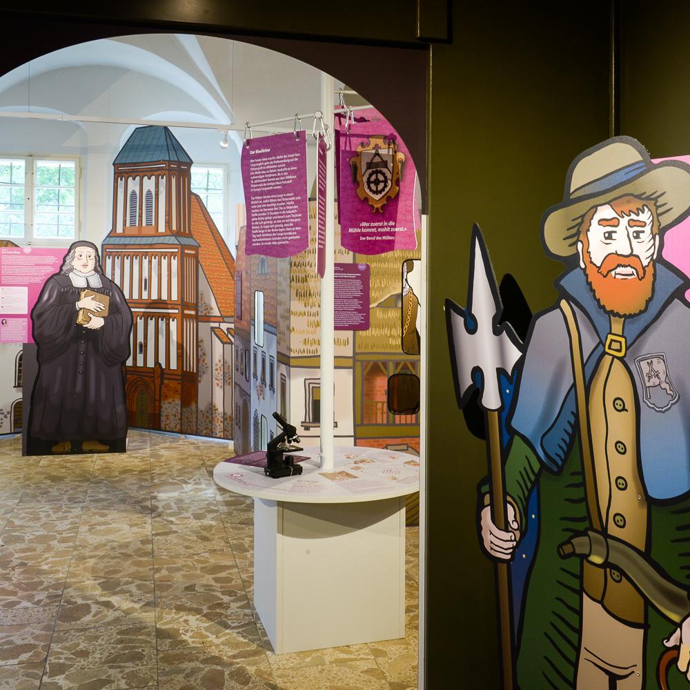 Ackerbürger, Stadtbürger, Staatsbürger - Kosmos einer Kleinstadt_neue Ausstellung Schloss und Festung Senftenberg Foto: RASCHE FOTOGRAFIE