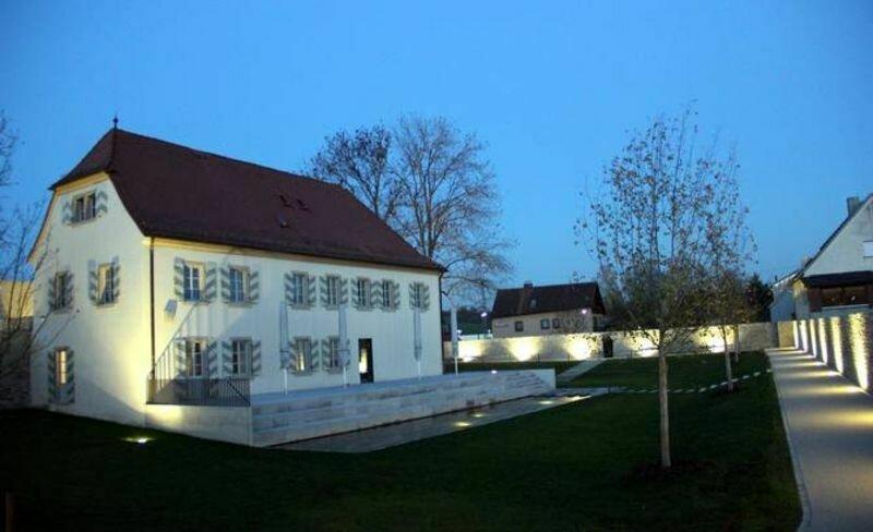 Wasserschloss mit Bürgergarten