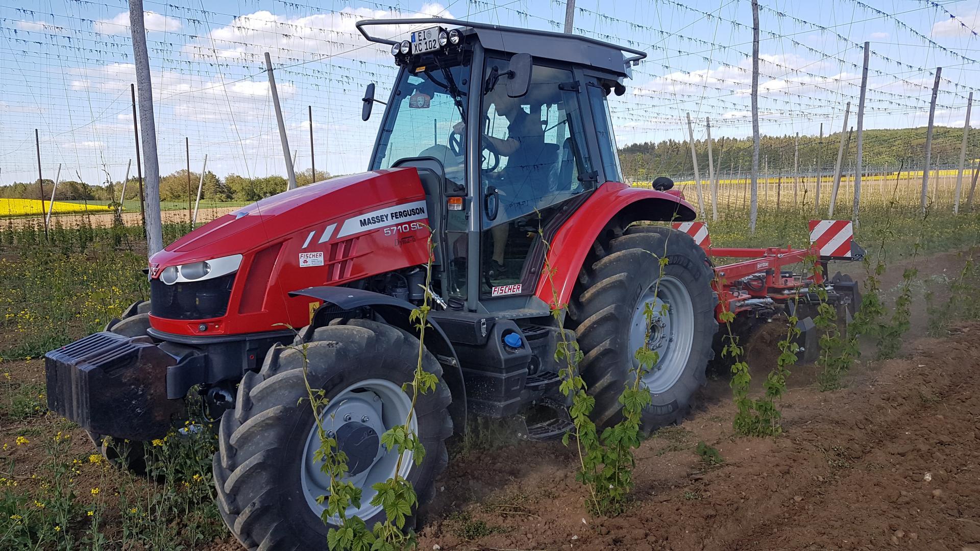 MF 5700 S