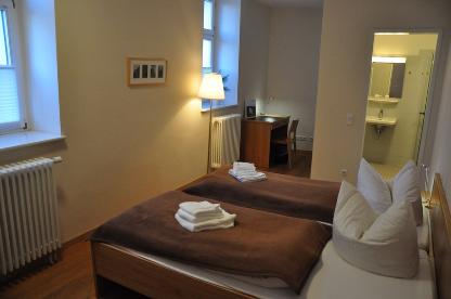 Zentrum Kloster Lehnin - Doppelzimmer mit Bad