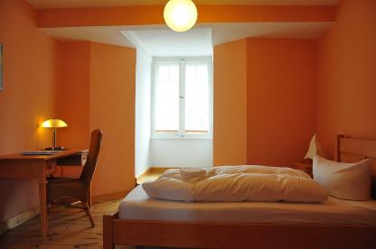 Zentrum Kloster Lehnin - Zimmer mit Etagenbad