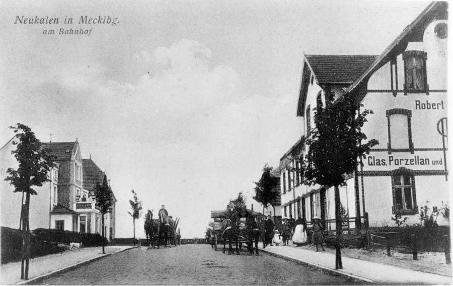 Ansichtskarte um 1910 (rechts das Haus von Robert Schulz)