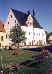 1 Klosterkirche Außenansicht