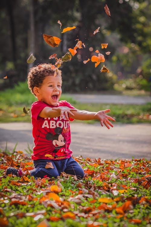 Herbst Junge