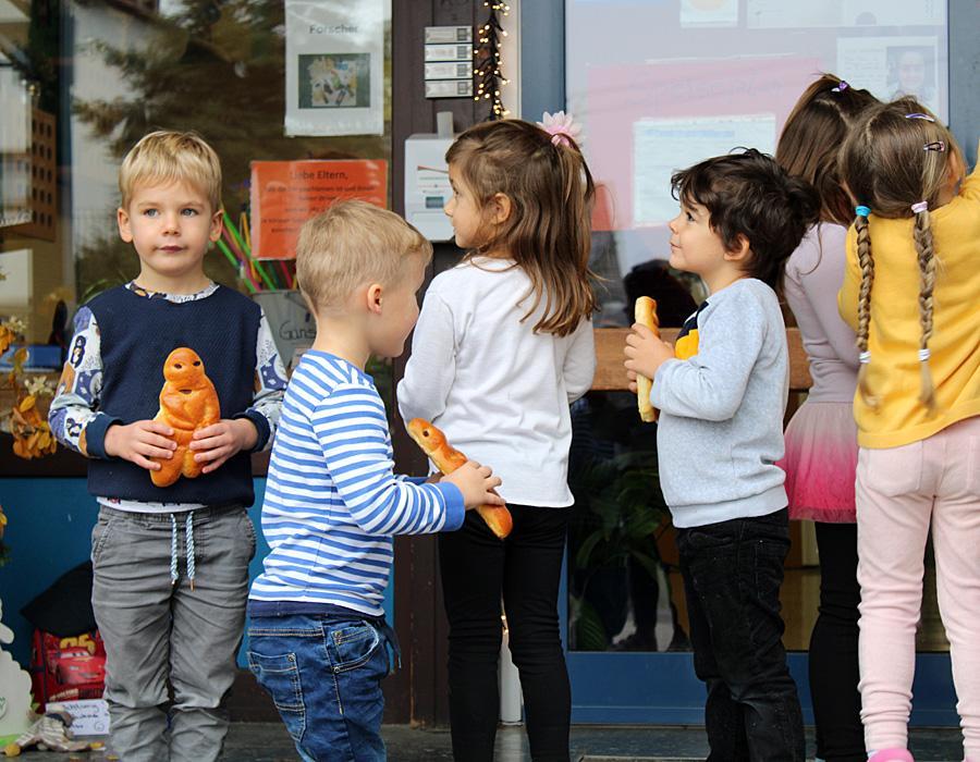Martinsaktion Kinder mit Dambedei