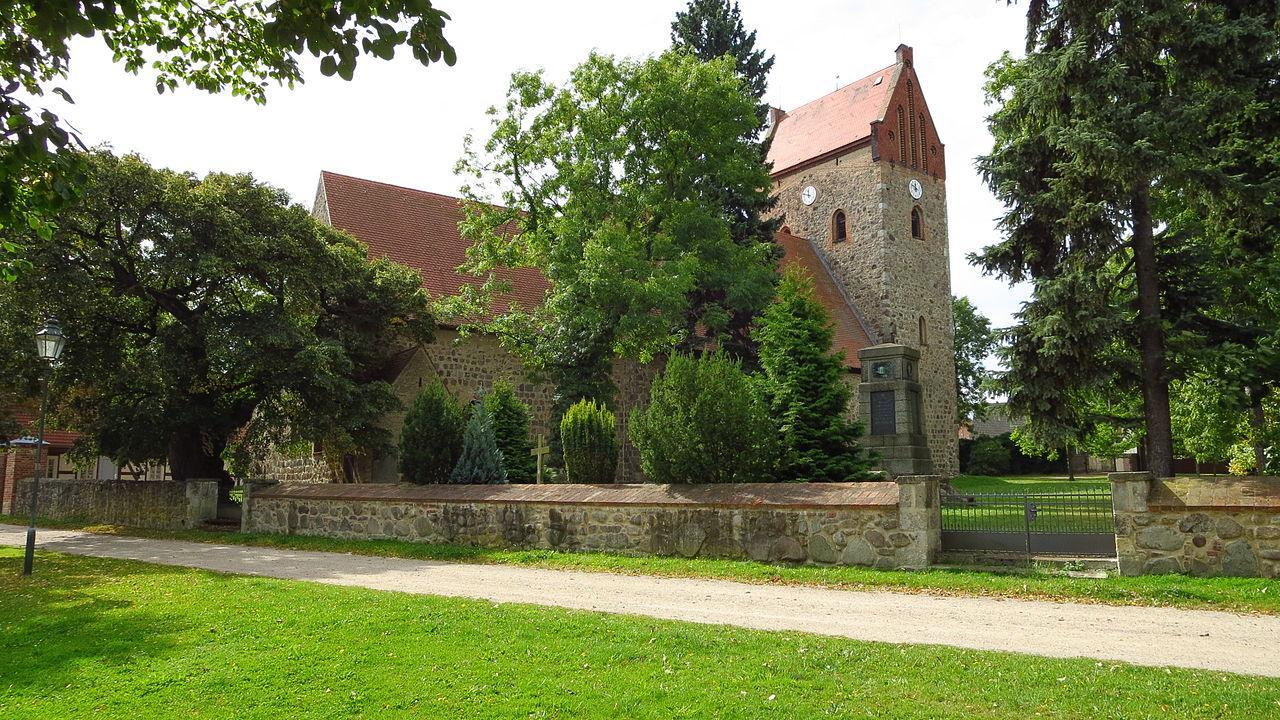 Blumberg (Ahrensfelde) Kirche