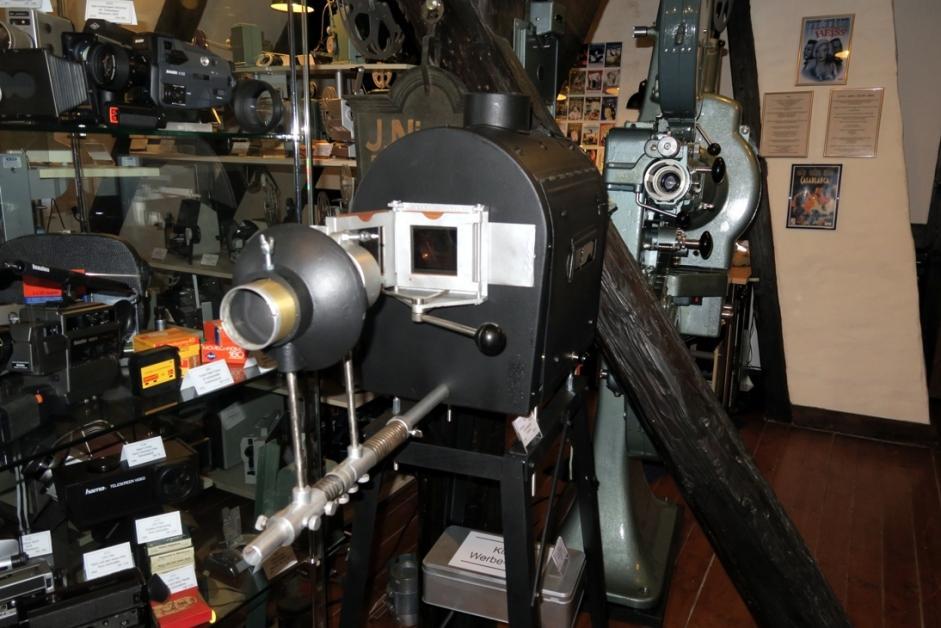 Filmmaschinen aus verschiedenen Generationen