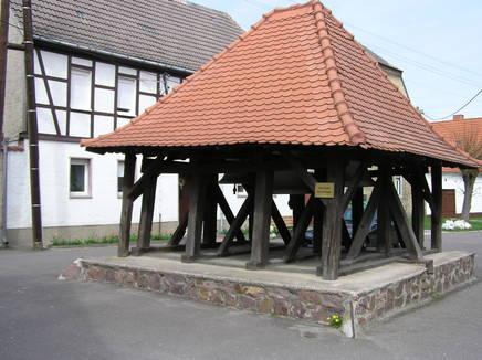 Glockenstuhl in Ziegelroda