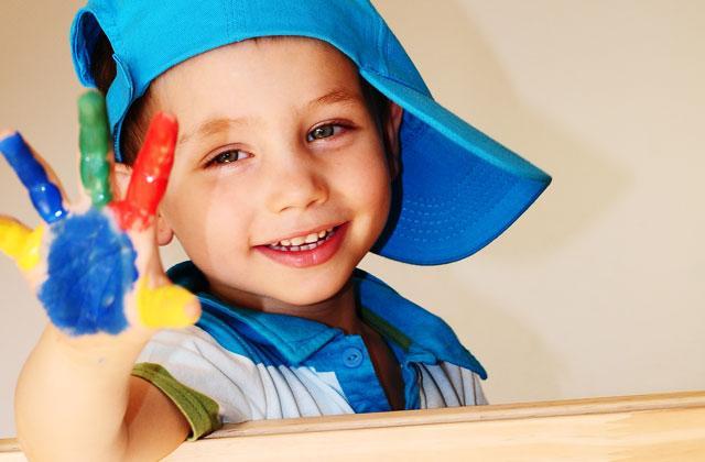 Kinder_bringen-farbe