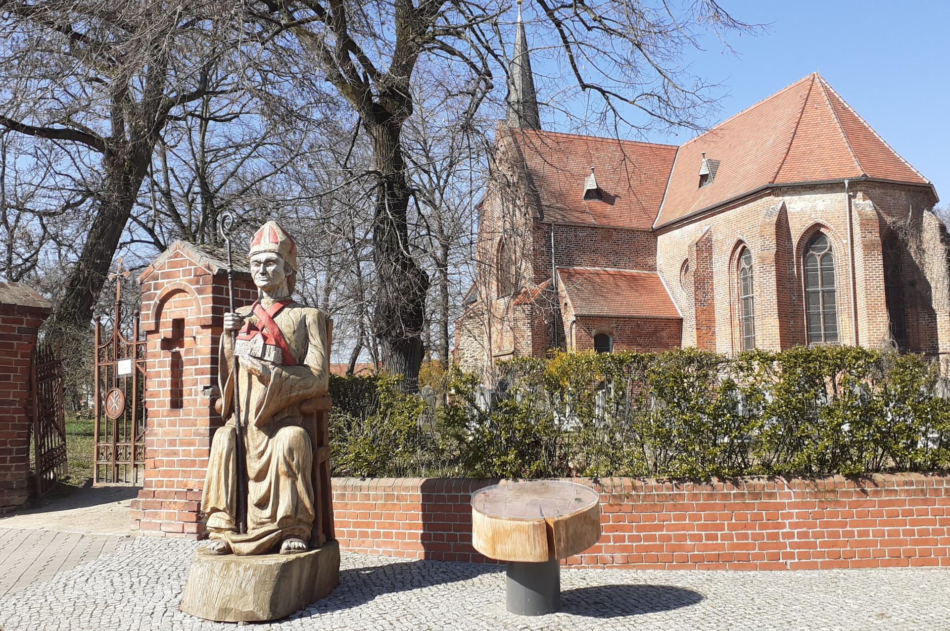 Liebfrauenkirche und Wichmann
