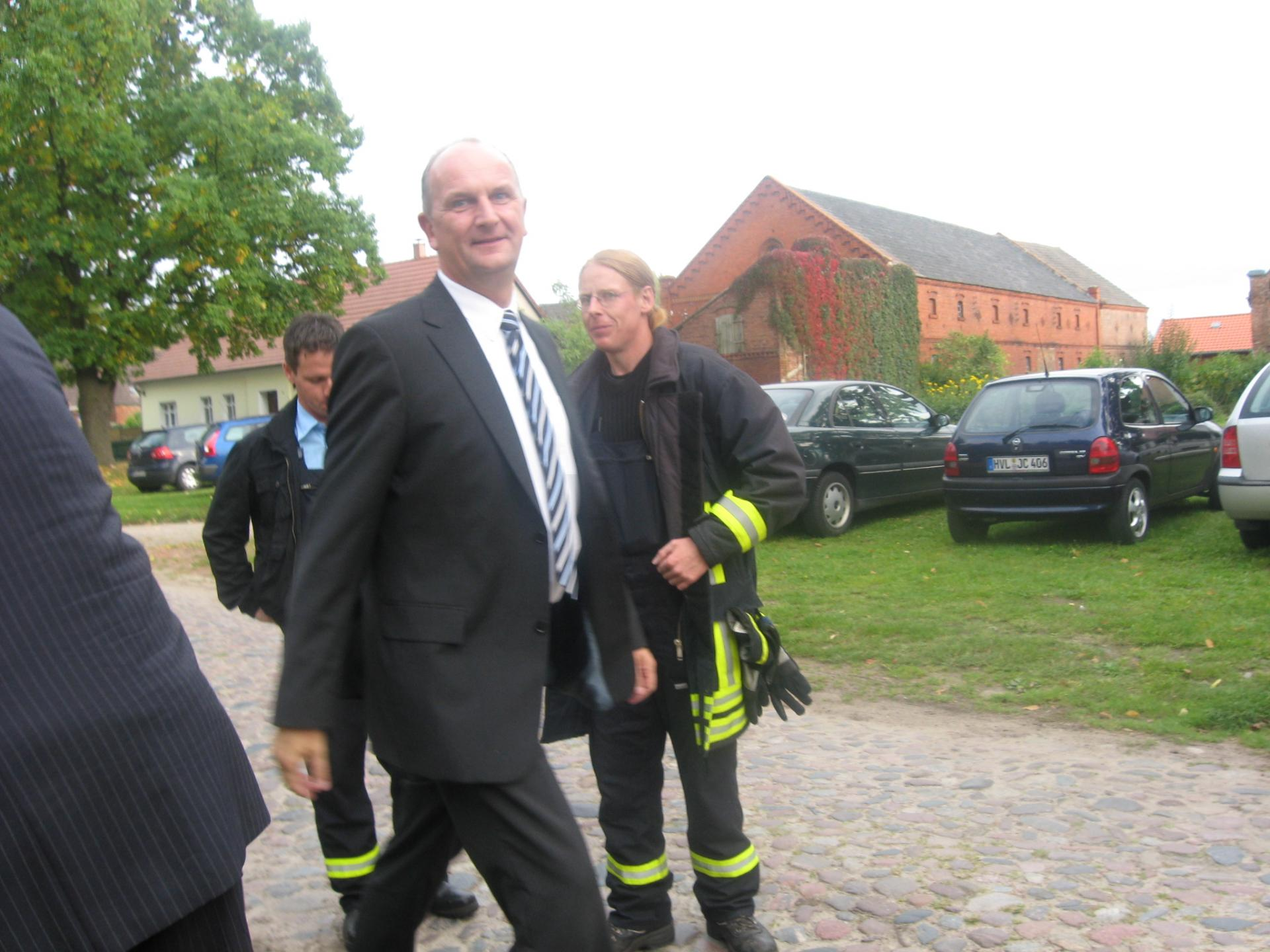 Innenminister Woidtke besucht Garlitz,2008