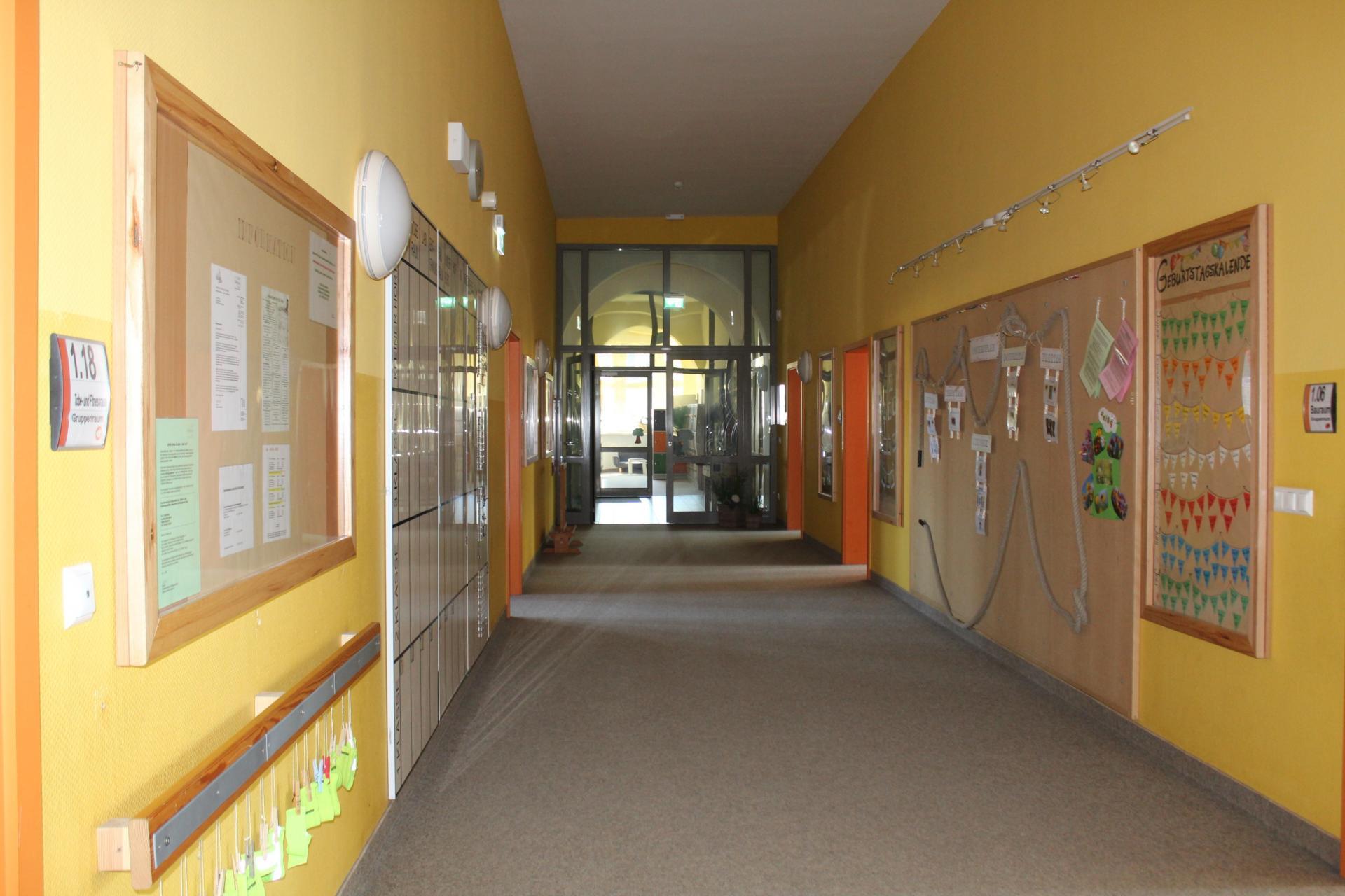 Hort - Eingangsbereich