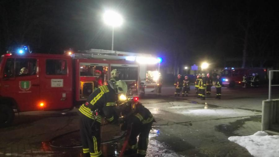 Containerbrand Schule 2