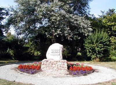 Gedenkstein in der Friedensstraße