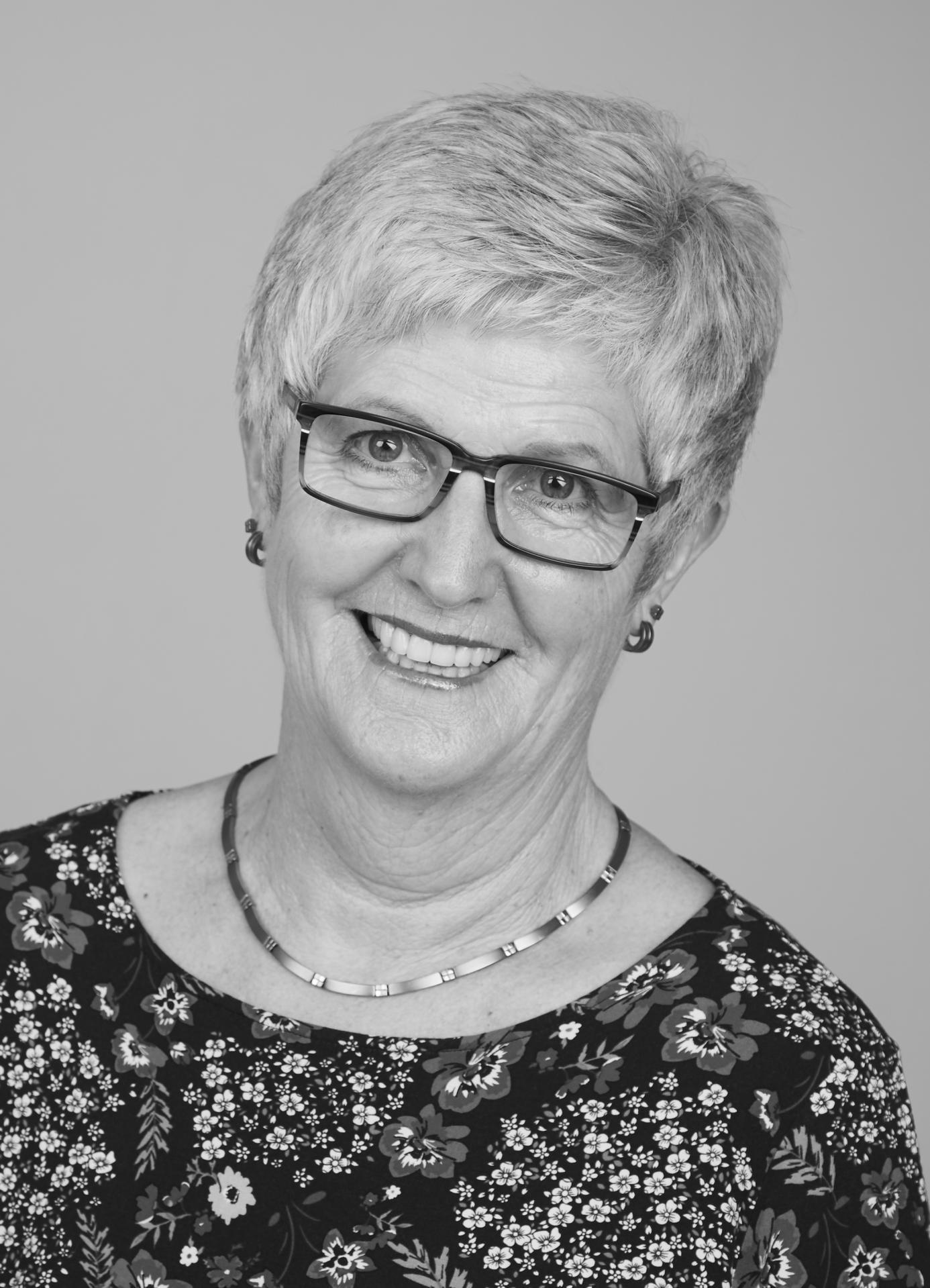 Irmgard Zehren