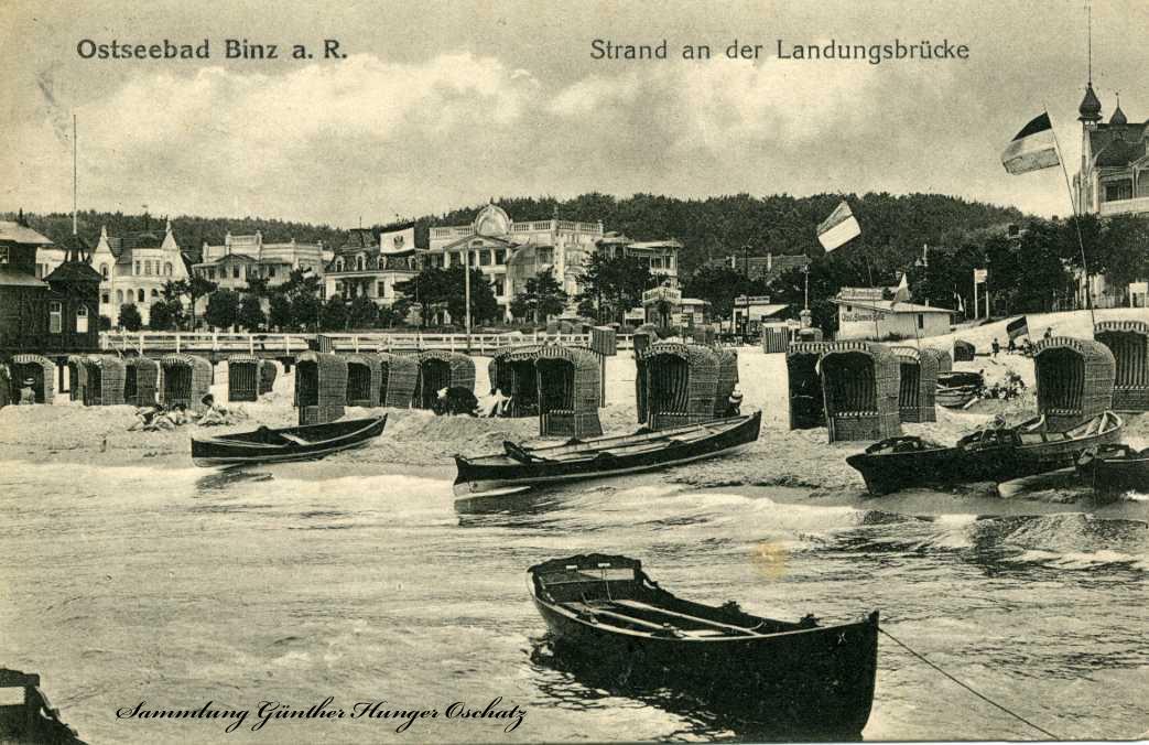 Ostseebad Binz a. R. Strand an der Landungsbrücke