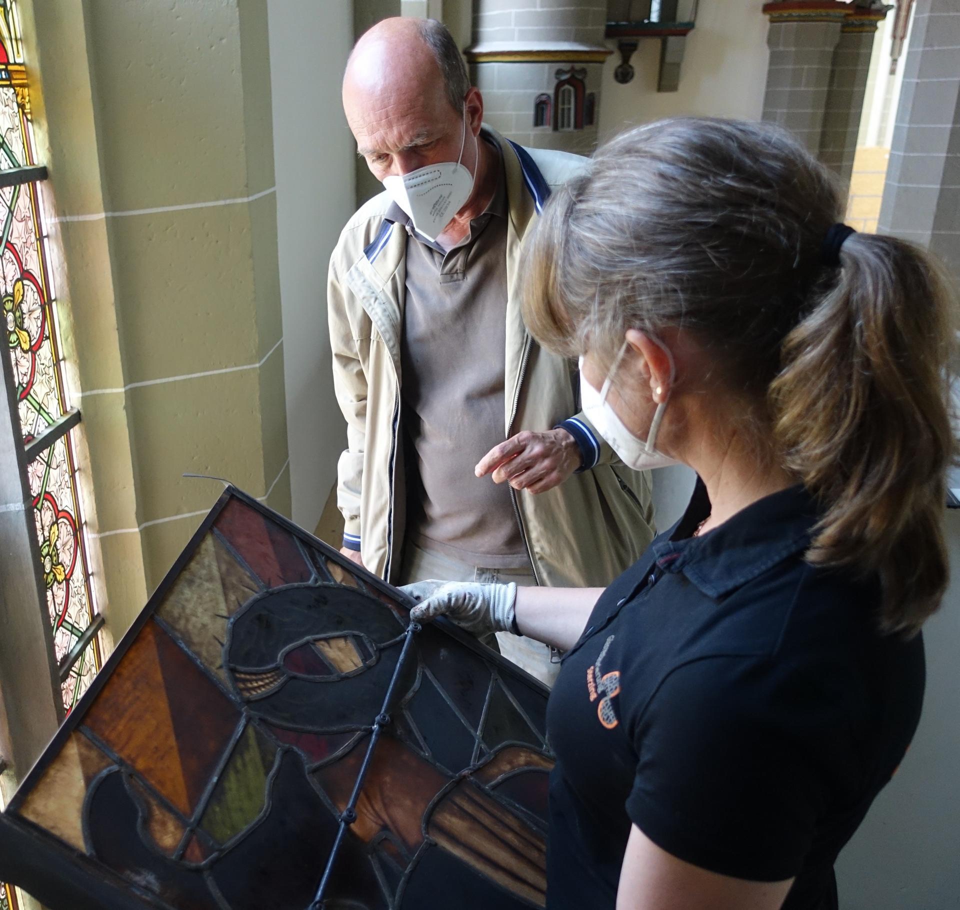 Nicole Sterzing  zeitgt ein Musterfenster Kim Kappes