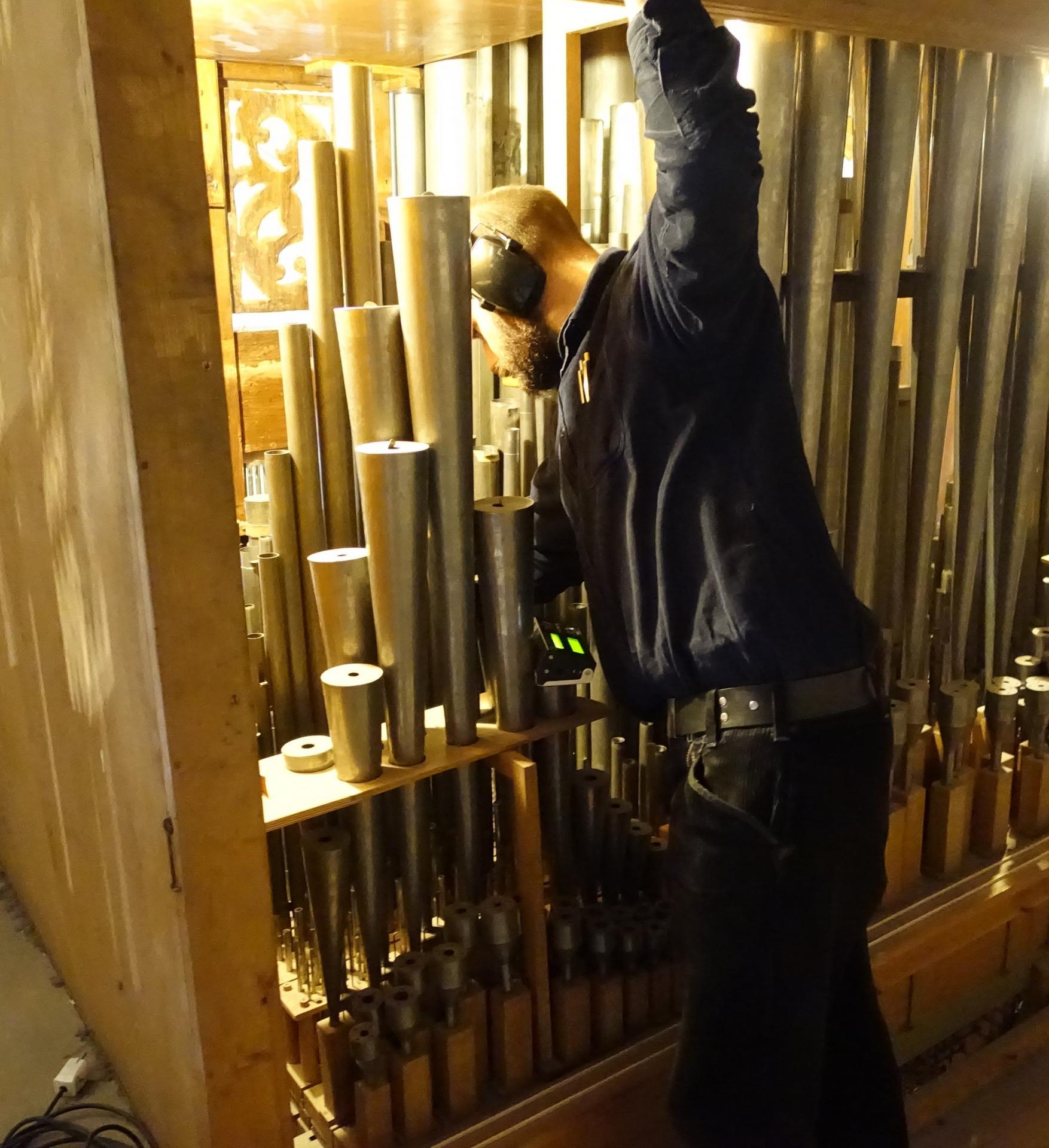 Onno in der Orgel