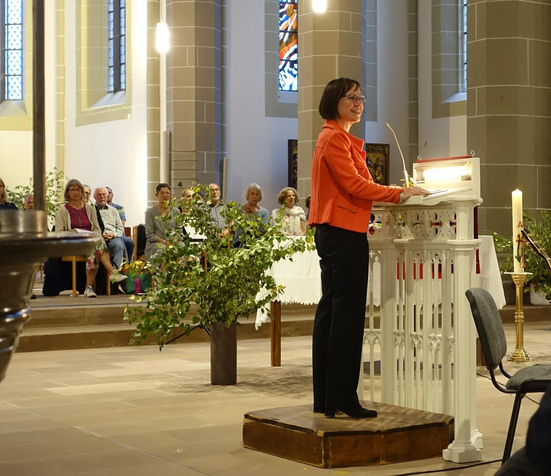 Der erste Besuch im Kirchenkreis Leine Solling von Regionalbischöfin Adelheid Ruck-Schröder galt der St.Sixti Kirchengemeinde