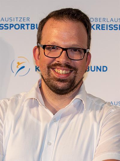 Erik Waterstrat