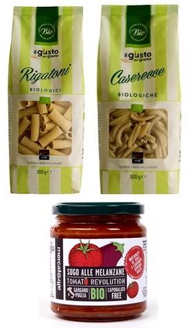 Pasta und Tomatensauce