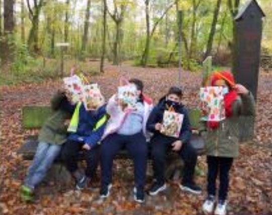 Wald-Laternenfest der Grundstufe b