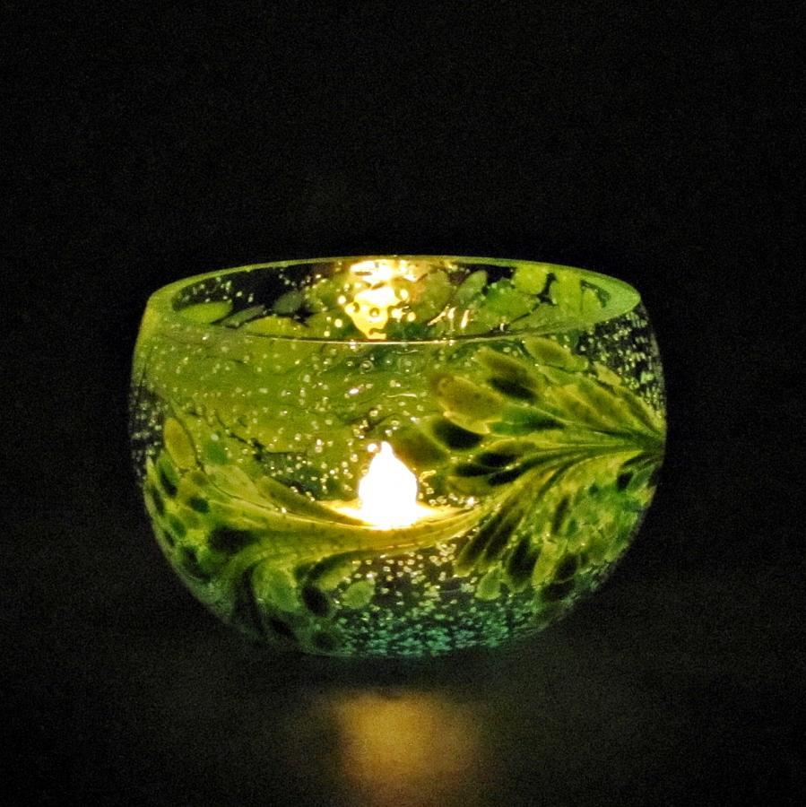 Teelicht Grün-Lumi Grünmischung im dunkeln 2