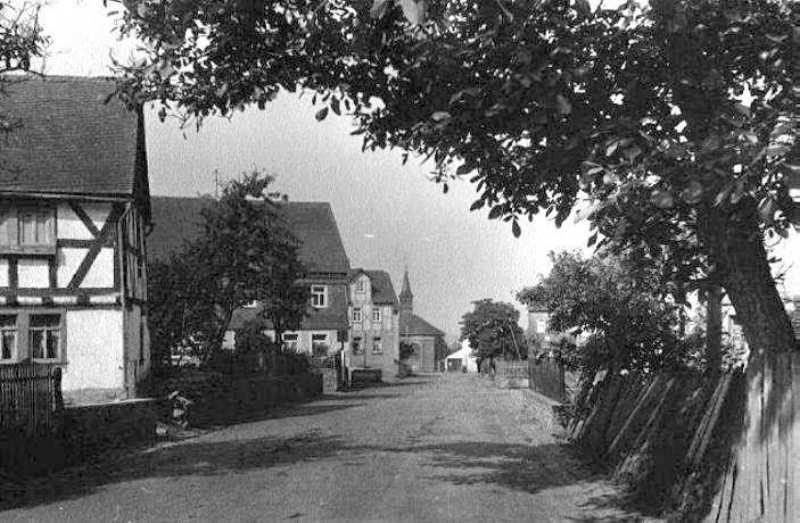 Die Hauptstraße 1942