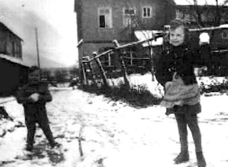 Kinder im Unterdorf
