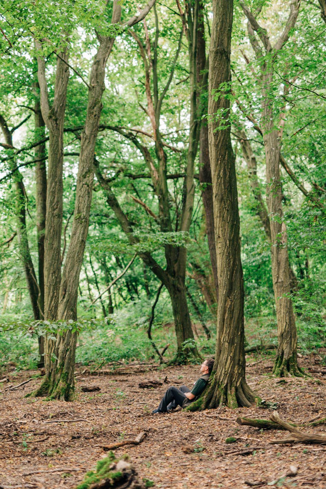 Jürgen Dawo genießt regelmäßig ein Waldbad im Hainich.
