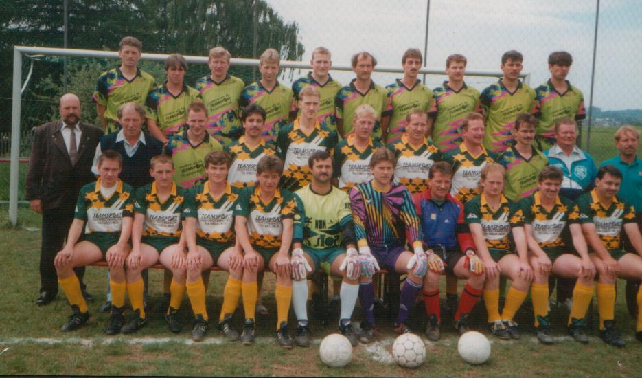 Gruppenbild 90er Jahre 2