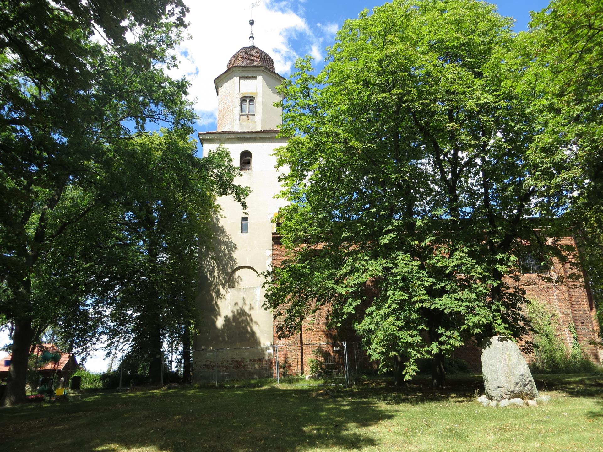 Kirche Hohenjesar Foto: Info Punkt Lebus