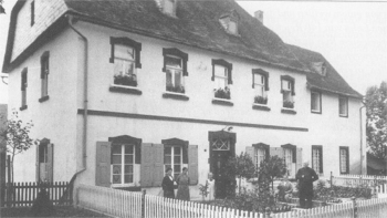1750-großes Pfarrhaus