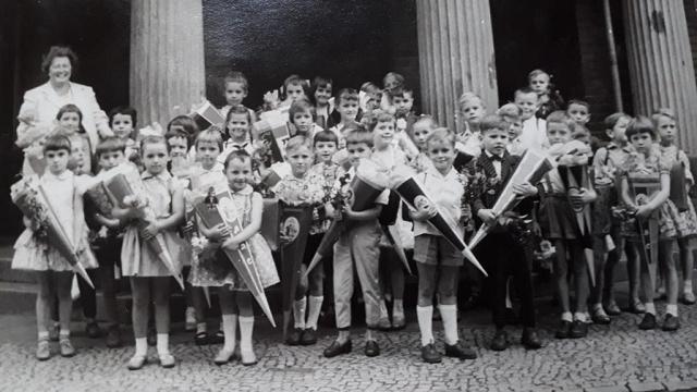 1962- 1