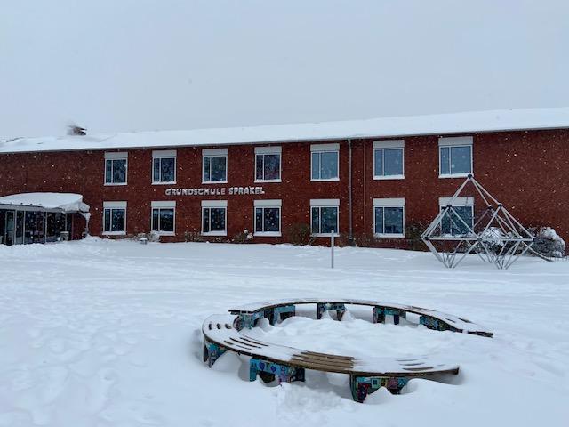 Schule-Schnee