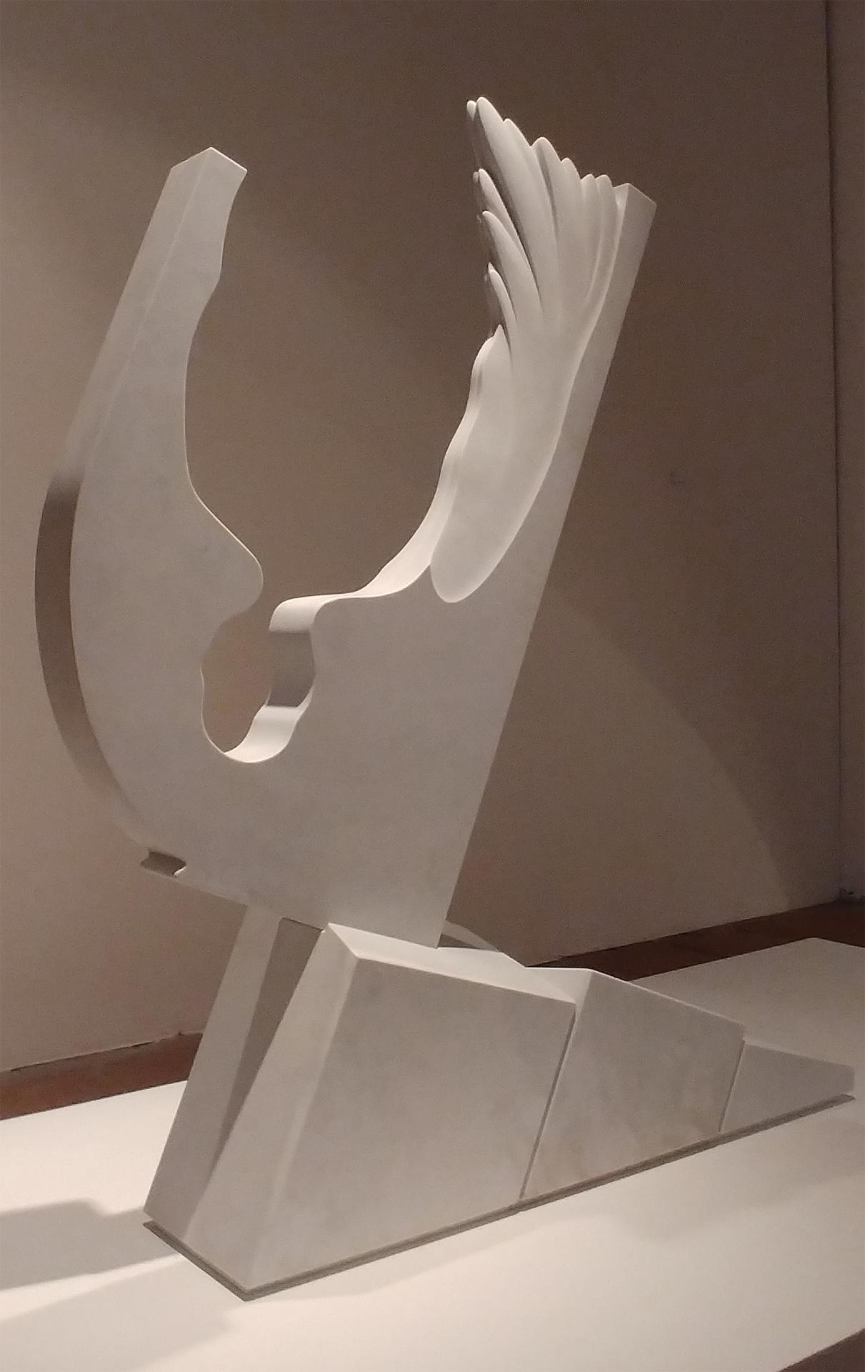 Pierluigi Portale_Icaro_marmo statuario di Carrara_cm.130x120x45_2017