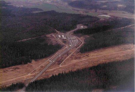 Luftaufnahme des BGS vom Grenzübergang Eisfeld 1973