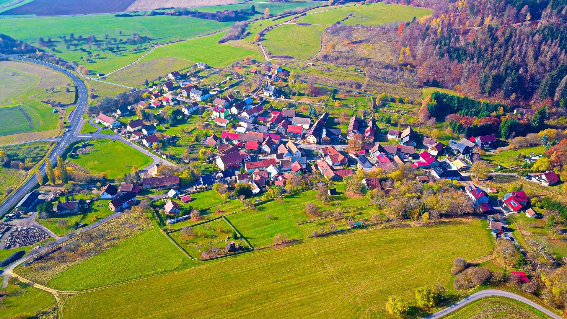 Luftaufnahme Hirschendorf