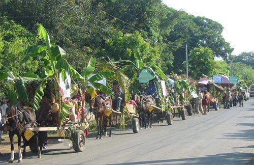 Auf-dem-Weg-zu-einer-Feria-Campesina